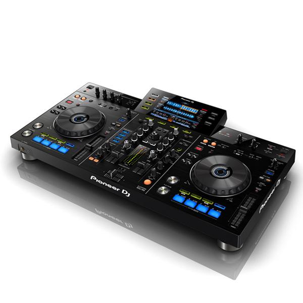 Pioneer(パイオニア) / XDJ-RX - USBメモリー、iPhone、Android 対応 DJコントローラー -  ■限定セット内容■→ 【・金メッキ高級接続ケーブル 3M 1ペア ・ミックスCD作成KIT ・教則DVD ・HD-1200 ヘッドホン ・USBメモリ8GB×2 ・OAタップ ・10分で理解DJ教則動画】