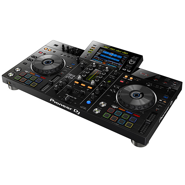 【限定1台】Pioneer(パイオニア) / XDJ-RX2 【rekordbox dj ライセンス付属】 USBメモリー、iPhone、Android 対応 DJコントローラーの商品レビュー評価はこちら