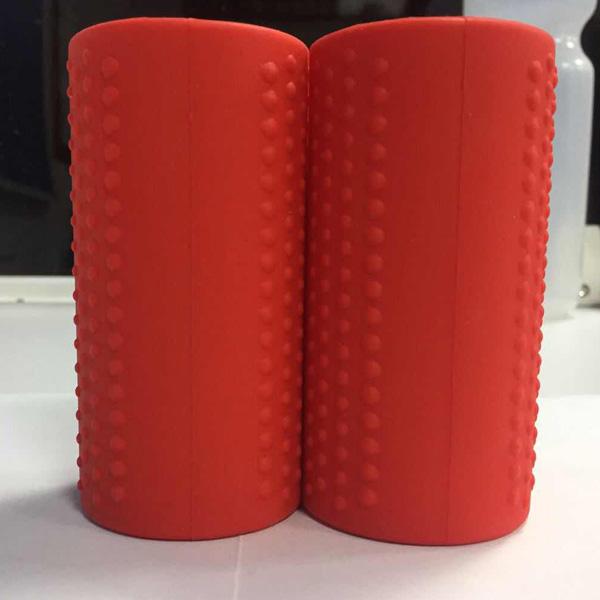 Perfect Grip / Fat Silicone Barbell Grip (Red) 2個1セット 【長さ 約10cm / 直径 約5cm】 ダンベルカール バーベルカール ラットプルダウン ベンチプレス