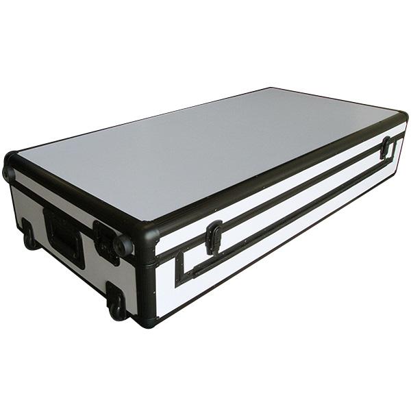 【限定1台】Euro Style(ユーロスタイル) / DJ coffin Case  flight case (フライトケース ) White (ピュアホワイト) / Pioneer(パイオニア)  CDJ-2000/ CDJ-900 / CDJ-850 / CDJ-800 / DENON ( デノン ) SC3900 / DN-S3700 2台 & DJM-900 / DJM-850 / DJM-800 / DJM-750 / DJM-700 /  DJM-400 1台 収納ケース 【B級品/表面に細かいひび割れ有り】『セール』『バック/ケース』
